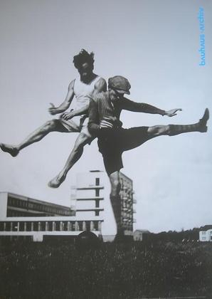 Theodore Lux Feininger Sport am Bauhaus