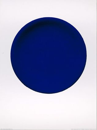 yves klein disque bleu ikb 54 1957 poster kunstdruck bei. Black Bedroom Furniture Sets. Home Design Ideas