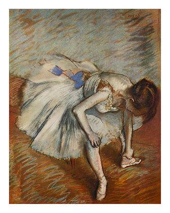 Edgar Degas Taenzerin, den Fussknoechel masierend, 1879